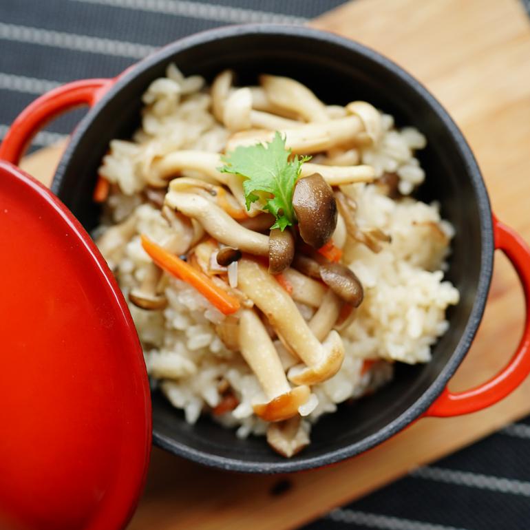 【蒸烤爐食譜影片】野菇炊飯