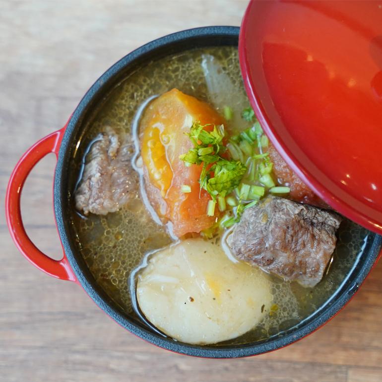 【 蒸烤爐食譜 】蕃茄牛肉湯